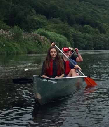 eloise-mani-natalie-canoeing